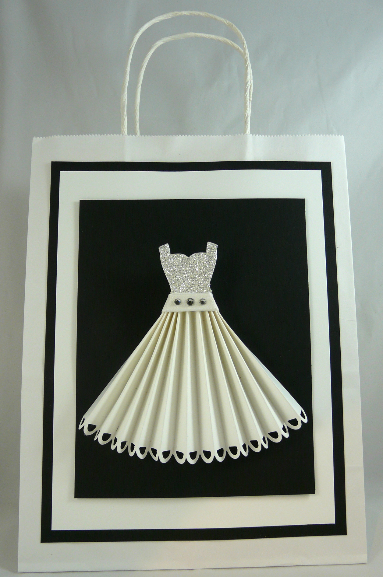 Своими руками, объемные открытки платье